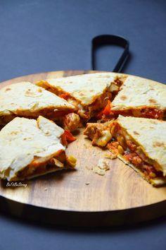 Quesadilla z kurczakiem i serem - Just Be Fit Be Strong! Quesadilla, Mozzarella, Feta, Cheese, Quesadillas