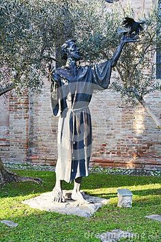 Historical and medieval church of S. Francesco and the statue of S. Francesco, in Italy, in Veneto, Treviso. Treviso Italy, Medieval, Stock Photos, Statue, Image, Mid Century, Middle Ages, Sculptures, Sculpture