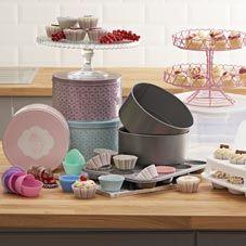 Cake Cases, Tins & Storage
