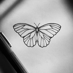 Super Tattoo Butterfly Geometric Totes 67 Ideas - - tattoo designs ideas männer männer ideen old school quotes sketches Cover Tattoo, Arm Tattoo, Sleeve Tattoos, Butterfly Sketch, Butterfly Tattoo Designs, Diy Butterfly, Simple Butterfly Drawing, Geometric Tattoo Butterfly, Butterfly Name Tattoo