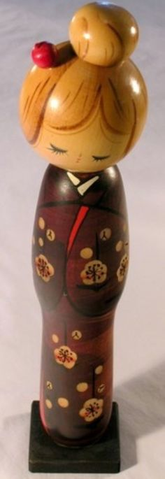 Usaburo Kokeshi Japanese Wooden Doll 3000-13 Tatsu (Year of the Dragon)