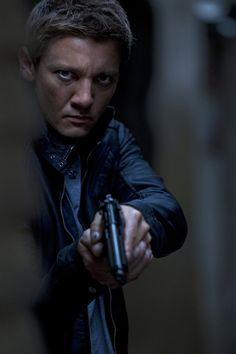 jeremy renner   The Bourne Legacy Stills