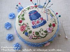 Handicraft: Patterns with hoops for embroidery / Wreath cross stitch patterns Cross Stitch Heart, Cross Stitch Samplers, Cross Stitching, Cross Stitch Embroidery, Hand Embroidery, Cross Stitch Patterns, Cross Stitch Finishing, Sewing Accessories, Sewing Notions