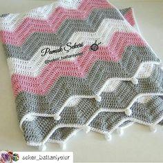 Best 12 Chevron crochet free tutorial and pattern – Artofit – SkillOfKing. Chevron Crochet, Crochet Baby, Free Crochet, Crochet Blanket Border, Chevron Blanket, Crochet Waffle Stitch, Crochet Stitches, Knitting Patterns, Crochet Patterns