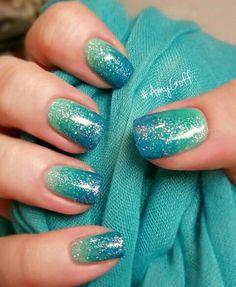 Mermaid shades sparkle nails