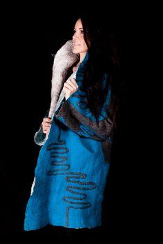 Zwei tolle Mäntel in einem    Kein Nähen von FuchsFilz auf Etsy Wearable Art, Couture, Sewing, Coat, Etsy, Coats, Felting, Amazing, Dressmaking