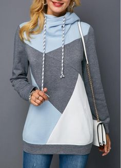 Ideas For Sweatshirt Women Fashion Cowl Neck Mode Outfits, Fashion Outfits, Womens Fashion, Fall Fashion, Fashion Trends, Sweatshirt Outfit, Printed Sweatshirts, Ideias Fashion, Clothes For Women
