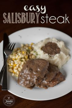 Easy Salisbury Steak | Self Proclaimed Foodie - perfect comfort food for a quick and easy family dinner