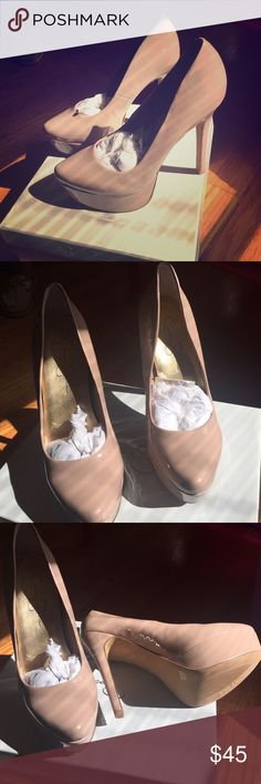 Size 8 Heel w/ Platform Toe Nude patent platform heel; never before worn Jessica Simpson Shoes Heels