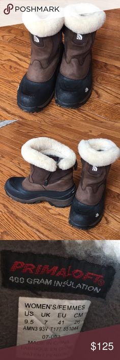 a3ef55e06e Women's North Face winter boots Women's North Face boots, black and brown  with cream fur. The North Face Shoes Winter & Rain Boots
