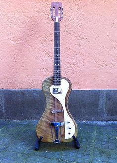 http://www.bluebird56guitars.com | Senorita Solid body – Sold