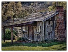 Salt Park Log Cabin      This cabin is typical of structures appearing in the Saltville, Virginia, area during early salt production developing years.