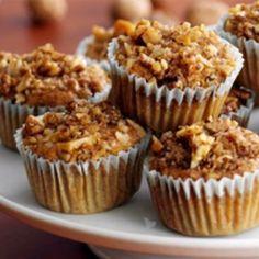 Cukkinis muffin zabpehellyel és vaníliás krémsajttal