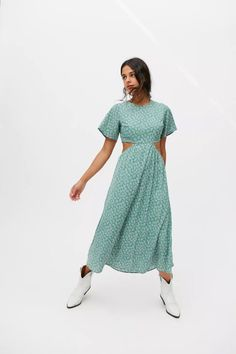 Frock Dress, Babydoll Dress, Ruffle Dress, Boho Dress, Vintage Dresses, Nice Dresses, Short Sleeve Dresses, Flutter Sleeve, Fitness Models