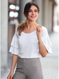 Women s T-shirt with frilled short sleeves and round neckline Habillement  Femme e2b34c05ab3