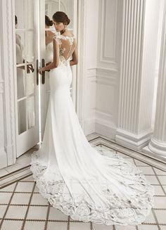 Abiti da sposa Luna Novias 2018 napoli - La Venere di Berenice Campania -  Vendita Abiti 0b8a1bd5639