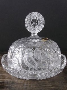 My grandmother has one of these. Crystal Glassware, Crystal Vase, Waterford Crystal, Cut Glass, Glass Art, Clear Glass, Cake Stand With Dome, Cake Stands, Glass Dishes