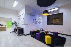 Sala de espera - Projeto Corporativo Empresa: Going 2 Mobile  Autora do Projeto: Arq Cláudia F Ferreira Local: Votorantim SP Data: 2015 Foto: Rui Antunes  www.claudiafarquitetura.com.br