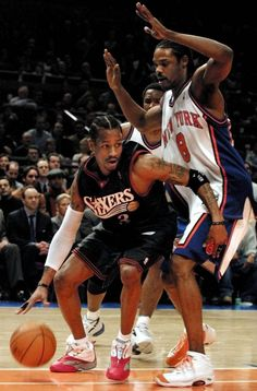 Iverson drives past Sprewell