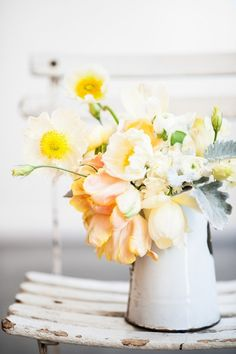 Springtime arrangement in enamelware. 30 Vintage Flower Arrangements You Must Do This Spring