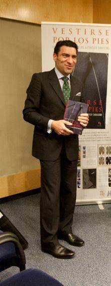 El autor en la presentación en El Corte Inglés de A Coruña