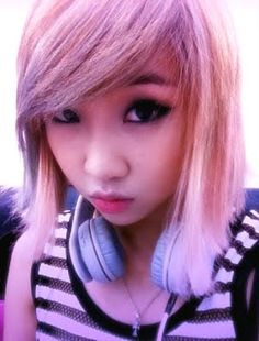 Minzy with pink hair Light Pink Hair, Pastel Hair, Cut My Hair, Hair Cuts, South Korean Girls, Korean Girl Groups, 2ne1 Minzy, K Pop Star, Kpop