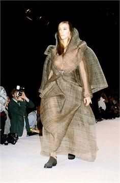 Issey Miyake F/W 1990 Repinned by www.fashion.net