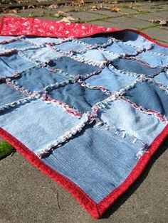denim frayed edge quilt from old jeans