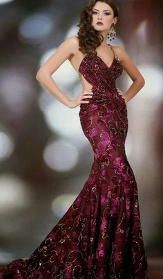 Gorgeous style and color this fashion dress.