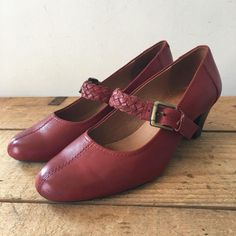 6b385fed502205 UK SIZE 5 E WIDE FIT WOMENS K CLARKS RED LEATHER MARY JANE HEELS PLAIT STRAP