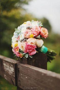 Découvrez les plus jolies tendances de bouquets de mariée pour 2016 Image: 19