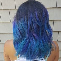 Love this blue!! #regram @jessicakiyomi #americansalon