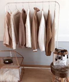 ideas fashion minimalist color sweaters for 2019 Cream Aesthetic, Classy Aesthetic, Brown Aesthetic, Aesthetic Fashion, Aesthetic Light, Nude Color, My New Room, New Wall, Minimalist Fashion