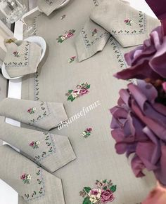 This Pin was discovered by Tül Crewel Embroidery, Ribbon Embroidery, Cross Stitch Embroidery, Cross Stitch Patterns, Embroidery Designs, Crochet Projects, Sewing Projects, Linens And Lace, Sewing Table