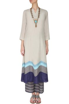Vaayu, cotton kurta with patchwork pants. Just brilliant to put all the pattern at the bottom.