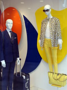 STEFFL Colour Flash Windows & VM - at STEFFL Department Store Vienna