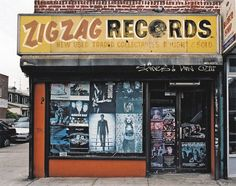 Store Front: The Disappearing Face of New York by James and Karla Murray | Zig Zag Records, Brooklyn 2004
