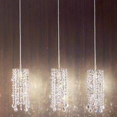 Collection with lead crystal pendants and matt nickel parts. Available in clear or black crystal. Features Marylin collection Country of manufacture: Italy Desi