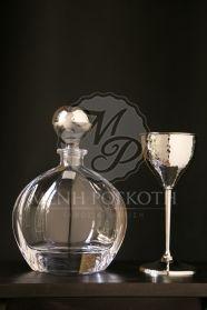 Μένη Ρογκότη - Σετ γάμου καράφα κρυσταλλίνης και ποτήρι μεταλλικό σφυρίλατο κρασιού Wine Decanter, Barware, Wine Carafe, Tumbler