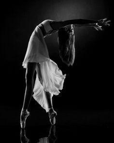 typsy1:  Ballerinas are amazing athletes