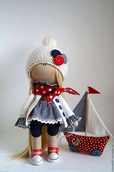 Купить или заказать Морячка в интернет-магазине на Ярмарке Мастеров. Представляю вашему вниманию, мою новую работу Морячка с корабликом.Куколка станет отличным подарком для ваших близких. Куколка выполнена из качественных материалов, сделана с любовью, стоит и сидит самостоятельно, одежда не съёмная…