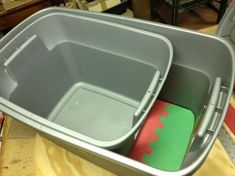 """"""" The distance between the fronts prevents dogs from being able to reach the litter pan."""" GREAT design to DIY to keep the dog OUT of the litter pan! GREAT instructions! #cats #LitterBox #litter"""