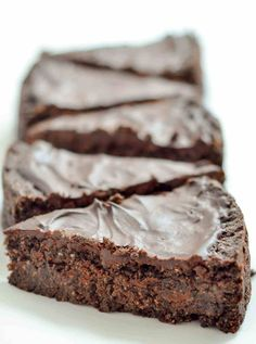 Vegan Triple Chocolate Brownie Cake_-8