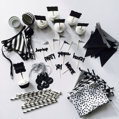 "Black & White Theme ""Party In A Tote"""