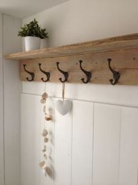 Reclaimed boards + hooks in mud room. Wood Shelves, Shelving, Recycled Furniture, Home And Deco, Home And Living, Interior Inspiration, Decoration, Sweet Home, New Homes