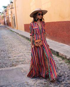 Boho Chic Dress Design Ideas for Women Boho Chic, Bohemian Style, Vintage Bohemian, Boho Hippie, Fashion Mode, Boho Fashion, Womens Fashion, Fashion Black, Fashion Styles