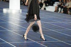 Détail du défilé Chanel printemps-été 2013