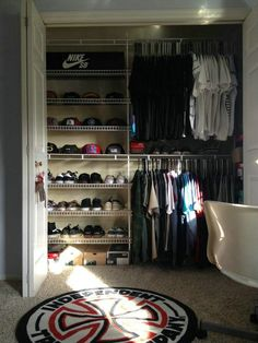 Teen Girl Bedrooms creative ref Eye pleasing co. Teen Girl Bedrooms creative ref Eye pleasing concept to organize a warm teenage girl rooms ideas closet Room decor note pinned on this cool date 20190320 . Bedroom Setup, Boys Bedroom Decor, Room Ideas Bedroom, Small Room Bedroom, Closet Bedroom, Hypebeast Room, Shoe Room, Teenage Girl Bedrooms, Girl Rooms