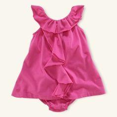 ruffle dress. cuteeee.
