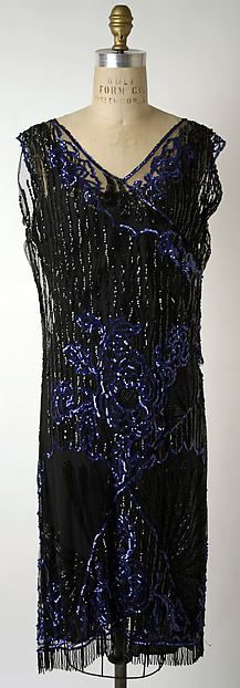 Evening dress Design House: House of Patou Designer: Jean Patou Date: Culture: French Medium: cotton, plastic, glass, polyester Accession Number: b Vintage Gowns, Vintage Outfits, Vintage Fashion, Vintage Clothing, 1920s Clothes, Vintage Beauty, Roaring 20s Fashion, Flapper Fashion, Roaring Twenties